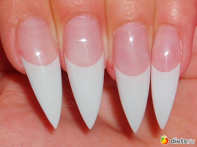 """Наиболее женственной и яркой является острая форма ногтей, или как её ещё называют  """"стилет """".  Такая форма расскажет о..."""