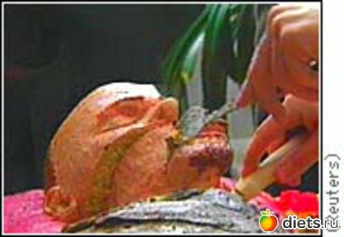 фото как моют ленина
