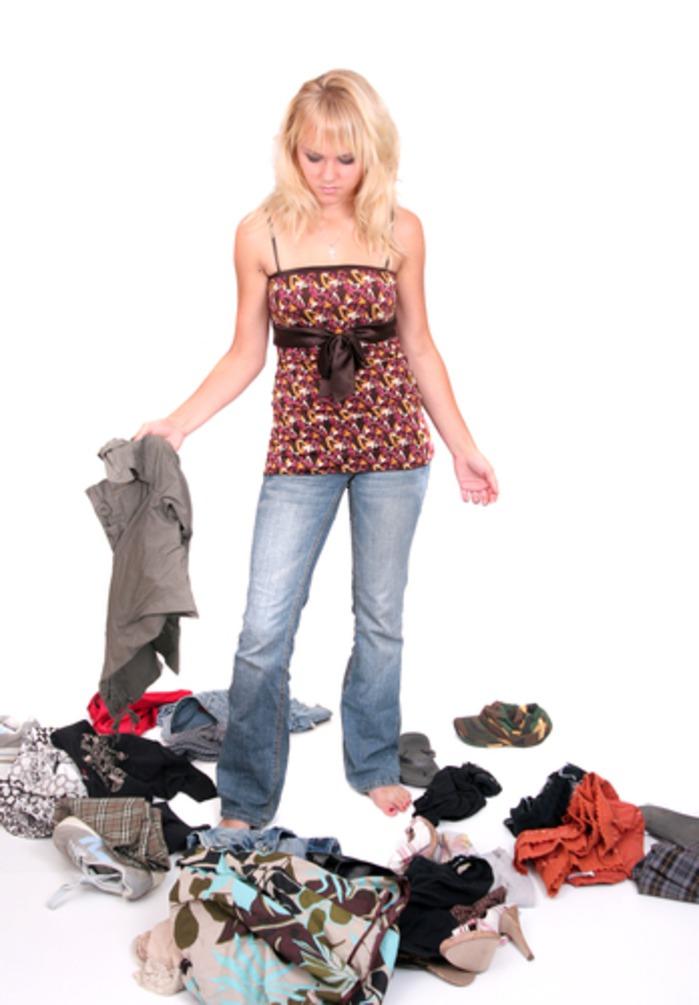 Ученые выяснили почему женщины хранят старые вещи Две трети женщин держат в шкафах множество одежды...