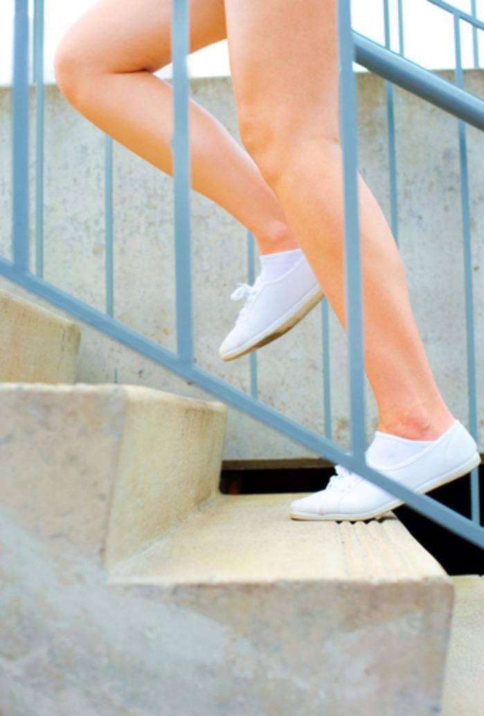 бег по лестнице 20 минут в день: