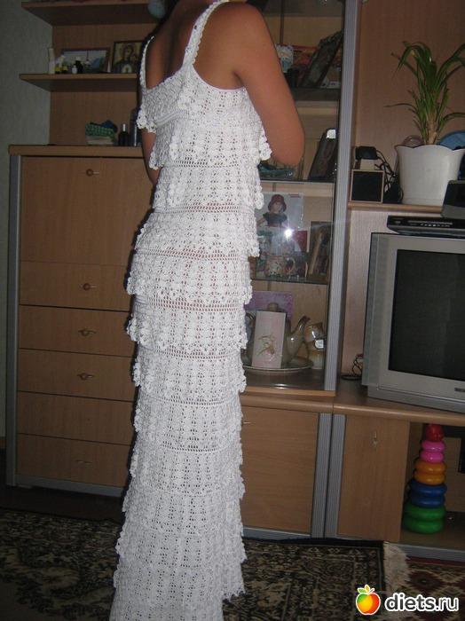 """На нашем женском портале  """"Дамочка """" Вы постоянно можете отыскать публикацию - вязание крючком схемы вечерние платья..."""