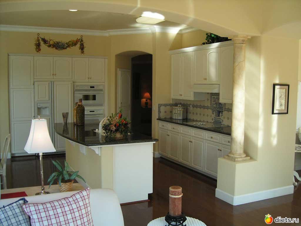Дизайн клумб в частном доме