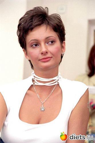 eroticheskoe-video-golaya-vika-talishinskaya-est-li-v-indii-prostitutsiya-video