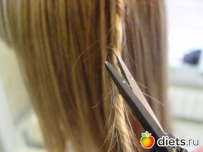Срезать посеченные волосы