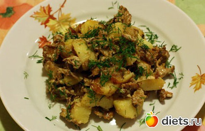 Лисички жареные с картошкой в сметане рецепт с фото пошагово
