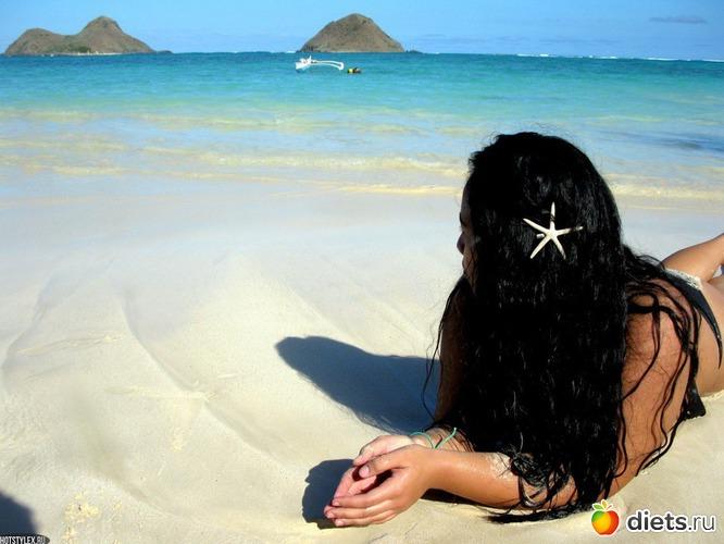 Девушка в море на аву