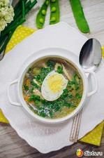 Куриный суп с зеленым горошком и яйцом. Вкусная коллекция