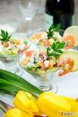 Яркий весенний салат с морепродуктами и авокадо к женскому празднику. Вкусная коллекция
