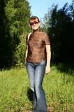 Экология - наше все (блузка - натуральный шелк, джинсы - деним)