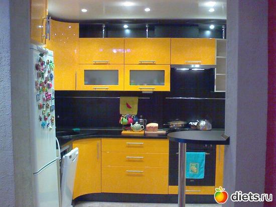1 фото: Кухонка