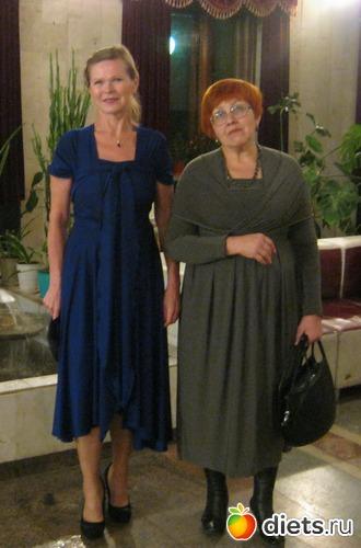 В театре в новом платье, ноябрь 2011, альбом: Я в разных весовых категориях