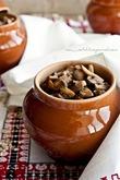 Перловая каша в горшочках с грибами(вегетарианский рецепт)