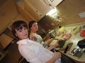 Мы с подружкой готовим суши :)