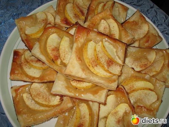 Пирожные из слоеного теста с яблоками, альбом: Я готовлю