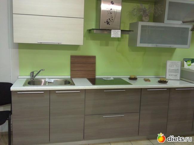 на.кухне салатовые.обои фото