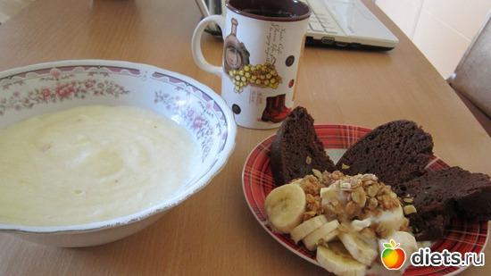 Манная кашка// шоколадный кекс//банан со сгущенкой и  мюслями, альбом: Мои рецепты// Фото-меню