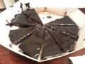 Шоколадный вроде тортик)