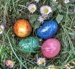 Пасха: красим яйца с детьми