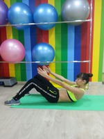 Фитнес-удар по брюшным мышцам