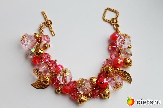 Браслет розовый, альбом: Немного творчества