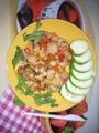 Овощи(кабачки, перец, помидоры, лук) тушеные с 1 ст.л. сметаны и тефтельки. Свежий огурец. Источник: http://www.diets.ru/post/1734093/