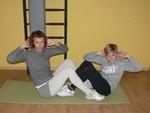 Парные упражнения: качаем пресс