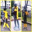 Пятничное!!! Скульптуры утеплили желтыми шарфами, я не прошла мимо.  Фото. Была у профессора, диагноз поставлен.