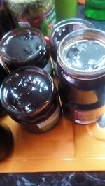 Тем, у кого еще есть свежие сливы. Сварим сливовое шоколадное варенье  и благодарность Леночке за сливовую нутеллу!