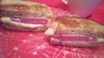 Еще один вид гренок! Гренки с ветчиной(курицей, мясом, колбасой) и сыром