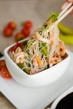 Фунчоза с морепродуктами в азиатском стиле. Вкусная коллекция