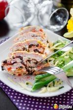 Куриный рулет с творожно-овощной начинкой. Вкусная коллекция