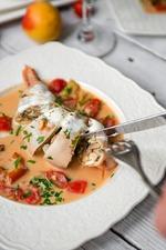 Фаршированный кальмар в сливочно-сырном соусе. Вкусная коллекция