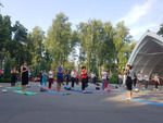 Лето - время йога-пикников