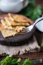 Творожные кукурузно-рисовые блинчики с начинкой из творога, сыра и зелени. Вкусная коллекция