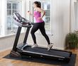 Выбор беговой дорожки для домашних тренировок: на что обратить внимание?