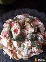 Миш-маш-яичница с овощами и с творогом(брынзой, творожным сыром)