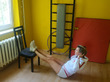 Домашний комплекс упражнений со стулом (на случай дождливых выходных)